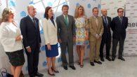 El ministro de Justicia en funciones, Rafael catalá, con los miembros del debate