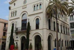 Fachada Ayuntamiento de Badalona