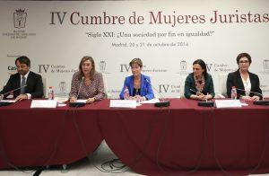 Mujeres-Juristas