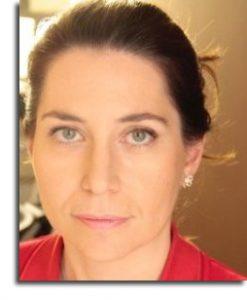 María Álvarez Caro – Entre café, notas y apuntes