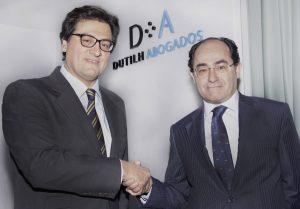 Ivo Portabales, socio director de Dutilh Abogados y José Garrido