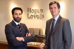 Jon Aurrecoechea y socio director de Hogan Lovells, Lucas Osorio