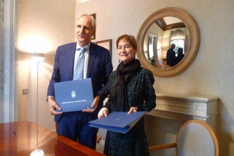 La presidenta del Consejo General de la Abogacía Española, Victoria Ortega, y el presidente de UNICEF Comité Español, Carmelo Angulo Barturen