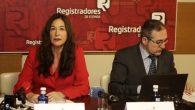 Ana del Valle Hernández, directora del Servicio de Coordinación de Registros Mercantiles del Colegio de Registradores, y José Meléndez Pineda, director del centro de Procesos Estadísticos del Colegio de Registradores