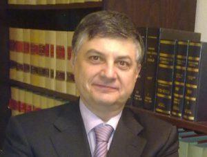 Roberto L. Ferrer Serrano, Colegiado 2870 REICAZ, asociado de ENATIC