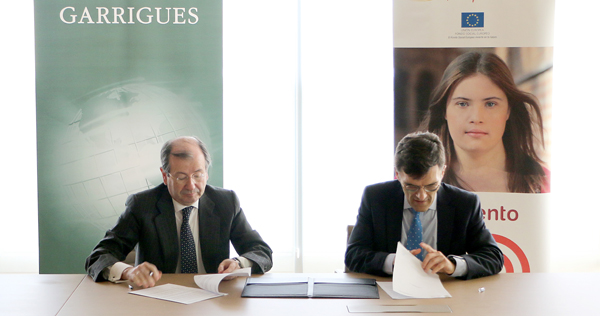 Fernando Vives,  presidente ejecutivo de Garrigues y Alberto Durán, vicepresidente ejecutivo de Fundación ONCE