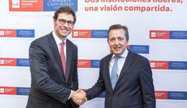El director general de la Universidad Europea, Conrado Briceño; y el presidente de Cremades & Calvo-Sotelo, Javier Cremades.