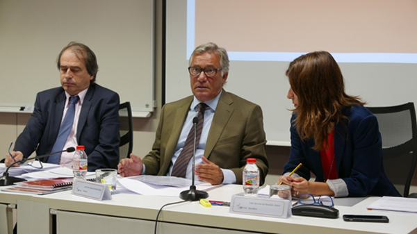 Josep-Fermí Pinyol i Pina (Director General), José Felix Alonso-Cuevillas Sayrol (Presidente) e Inés Sánchez de Movellán Torent (Secretaria)