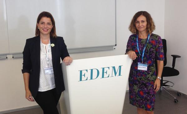 Begoña Longás, directora del Centro de Estudios Registrales de la Comunitat Valenciana, y Hortensia Roig, secretaria general de EDEM, durante la presentación