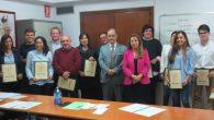 alumnos de la ultima edición junto con el Presidente de la Asociación Jose María García Gutiérrez, en el centro