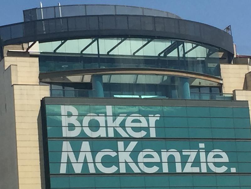 Baker McKenzie nombra a socia a Margarita Fernández y promueve 68 nuevos socios en todo el mundo