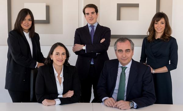 Enrique Isla y su equipo fichan por Gómez-Acebo & Pombo