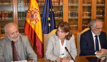 Dolores Delgado recupera la Mesa de Retribuciones para estudiar las demandas salariales de jueces y fiscales