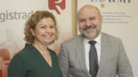 La decana del Colegio de Registradores, María Emilia Adán, y el presidente del Comité Español de Personas con Discapacidad, Luis Cayo Pérez