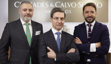 Alberto García Ramos, Félix Ferreño Martínez y Atilano Vázquez, socios de Cremades & Calvo-Sotelo