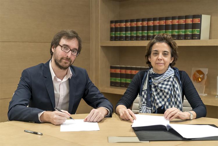 Carlos Mateo, presidente de la Asociación Española de Startups, y Carolina Pina, socia de Garrigues