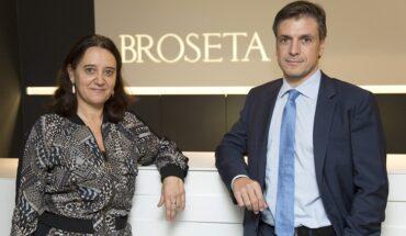 Rosa Vidal, socia directora de BROSETA, y Jesús Carrasco