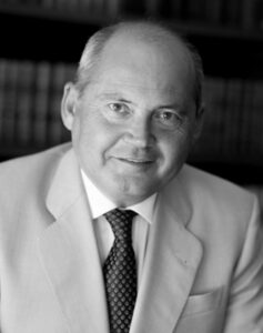 Dr. Luis Romero Santos, Doctor en Derecho, Presidente de la Asociación Española de Abogados penalistas.